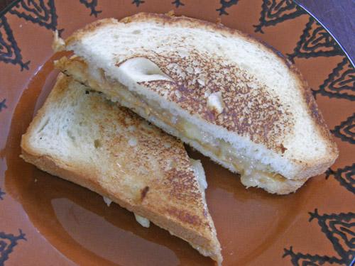 【レシピ】 エルビス・プレスリーが愛したサンドイッチを作ってみた!これが本当に美味しかった