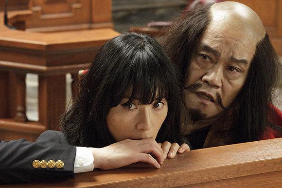 『ステキな金縛り』のエンドロールだけに出演した北海道の有名スターとは?【最新シネマ批評】