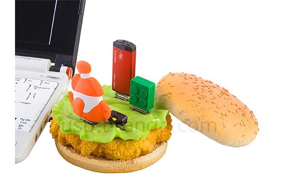 食品系のUSBをグサグサ刺して楽しみたい! 旨そうなハンバーガー型ハブ