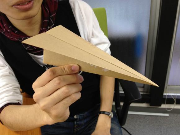 紙飛行機のまま郵送できちゃうレターセットがカワイすぎる!