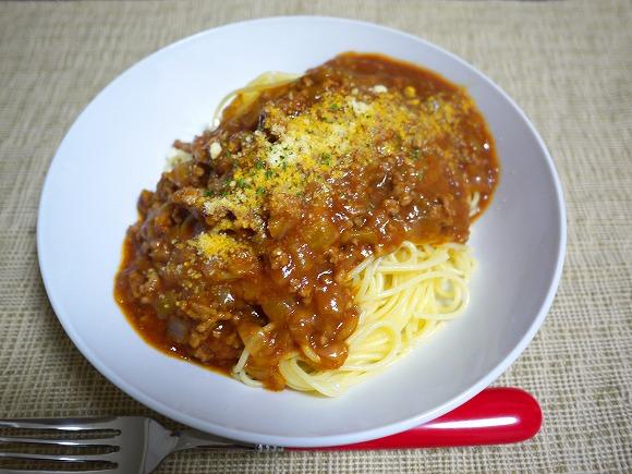 【ウマすぎ注意】炊飯器で作るお肉たっぷりミートソーススパゲティが超美味しい! レトルトには戻れない味わい