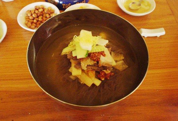 いよいよ韓流も地域活性化メガ合コン開催へ! 韓国料理のメッカ「久保コン」に女性300人がキャンセル待ち!