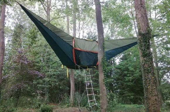 うひゃーこれ絶対試してみたいっ! 大人の遊び心を刺激するハンモック型テント