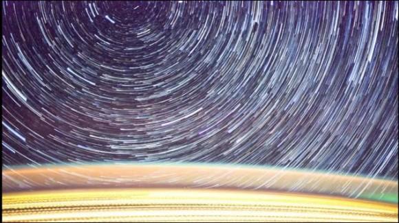 国際宇宙ステーションから撮影された圧倒されそうなほどの無数の星々