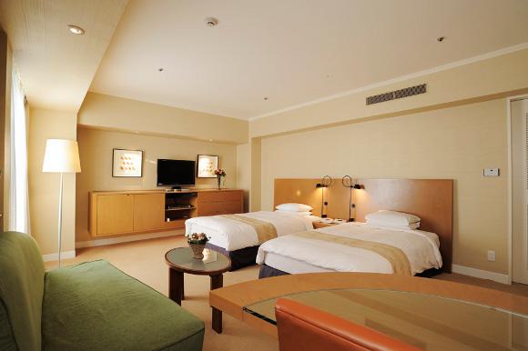【乙女の超おトク情報】な、なんと5万3千円相当のデラックスルームがたったの1982円! 高級ホテルの超魅力的な破格プラン