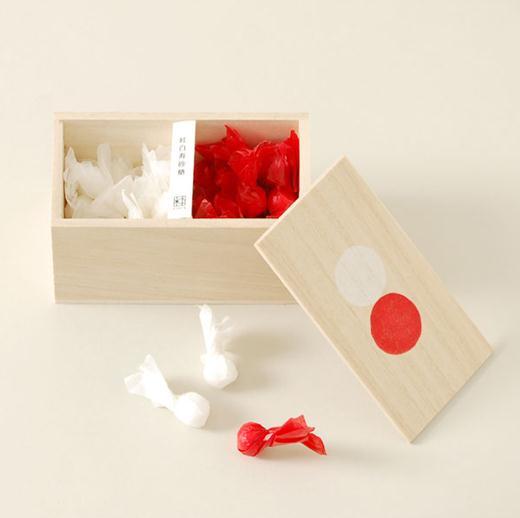 センスのいい結婚祝いなら「桐箱に入った紅白砂糖」はいかが?