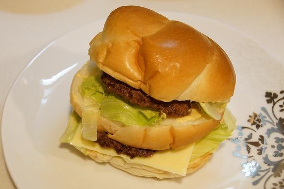 【レシピ】カナダのマクドナルド総料理長がビッグマックの作り方を公開!誰でもビッグマックを再現可能に