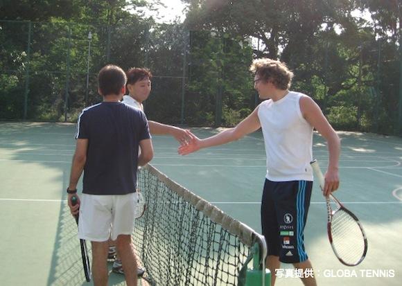 「英語」を学ぶ、ではなく「楽しいこと」を英語で学ぶ!! テニス、料理、ダンス、ヨガ、いろいろなものが英語で習えるよ!