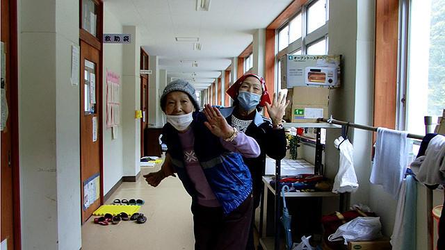ドキュメンタリー映画『石巻市立湊小学校避難所』が語る「人間はひとりじゃ生きていけない」ということ【最新シネマ批評】
