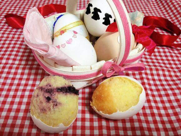 卵の殻に入れて焼くだけ♪ 誰でも簡単に作れる「エッグケーキ」がメルヘンチックでめっちゃキュートやねん