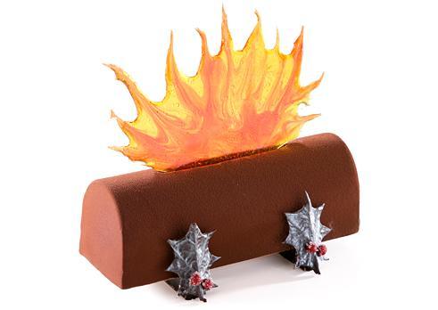 テーマは「火遊び」!? 今年のクリスマスケーキは『ジャン=ポール・エヴァン』のクリスマスコレクションで刺激的にいけーっ♪