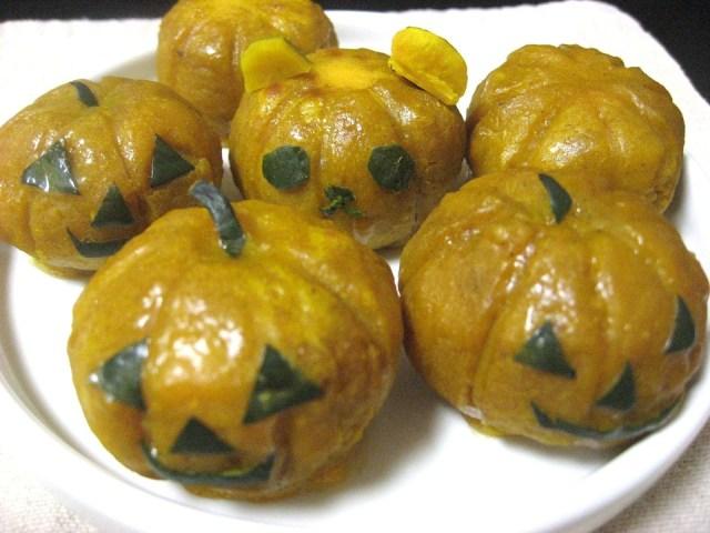 【ハロウィンスイーツ】超簡単レシピのスイートパンプキンで、一口サイズのカボチャのお化けを作ってみた!