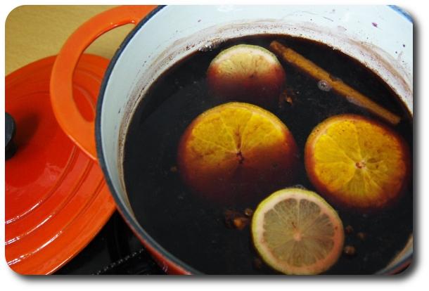 【女子のんべえ部】寒い夜に飲みたい欧風家庭の味! 身も心も温まる絶品「グリューワイン」、めっちゃ簡単に作れちゃったよ!