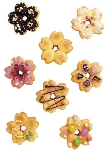 これはカワイイッ♪ サクラの花の形をしたミニドーナツが簡単に作れちゃうシリコン型!