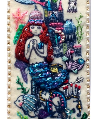 赤ずきん、人魚姫、アリス…童話の世界を刺繍で表現! 1点1点がハンドメイドのオリジナルiPhoneカバー!!