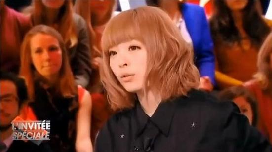 AKB48丸坊主騒動が海外でも話題!? きゃりーぱみゅぱみゅ仏TV番組に出演…「アイドルは男ウケ狙ってる」とコメント