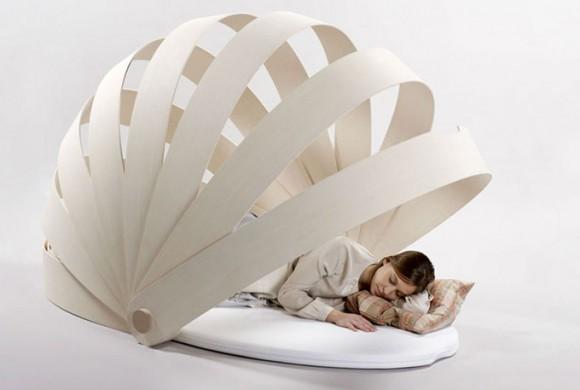 守られている感覚が味わえる!? 安らぎの眠りを堪能できそうな天蓋付きマットレス『Abri-boca』