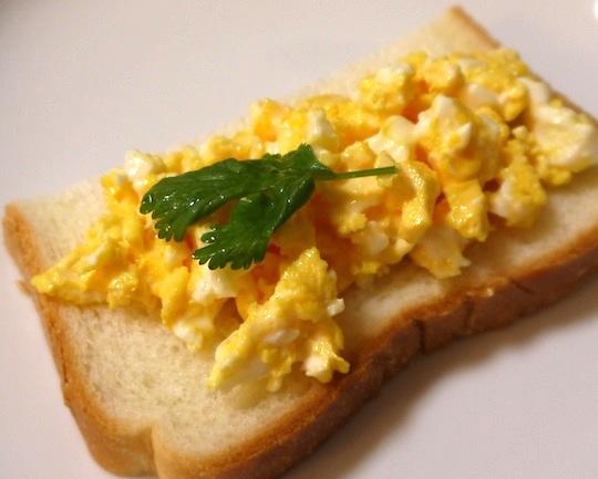 【時短レシピ】唖然とするほど簡単に卵サンドの中身ができちゃうよ!
