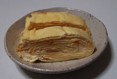 【京都グルメ】玉子焼きのようなミルクレープを食べてみた! 見た目は玉子焼きだけどトロけるおいしさがハンパない
