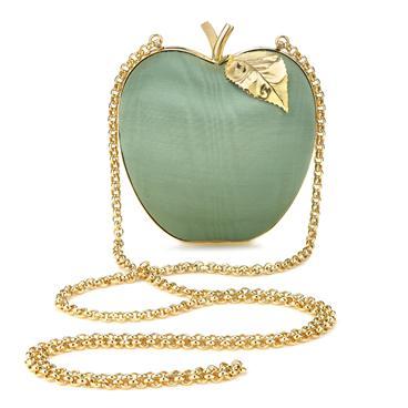リンゴ&洋梨のクラッチバッグはいかが? かわいらしくも上品で落ち着いた雰囲気