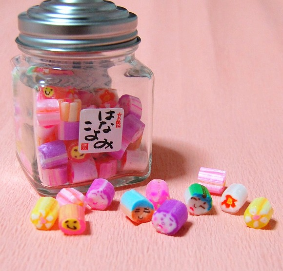 【かわいい京都】京あめ処 豊松堂の手作り飴/ひと粒ずつ愛情たっぷりに作られた飴ちゃんは、ビー玉みたいに艶やか