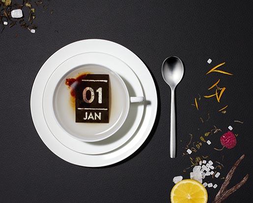日付をお湯に溶かしてゴクリ!? 紅茶の茶葉でできた日めくりカレンダー