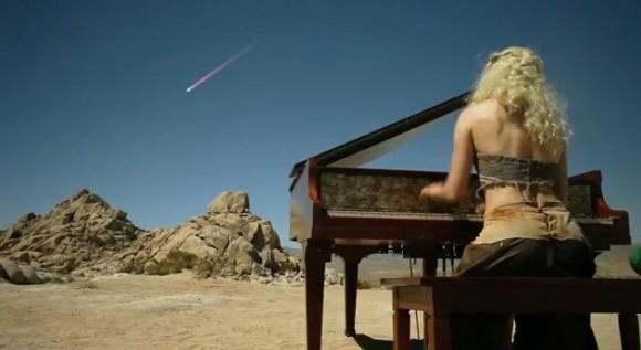 コスプレをしてピアノを演奏する『コスプレピアノ』が超絶クール!!