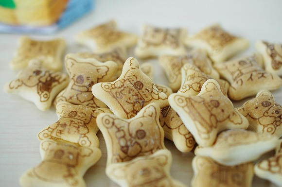 【6月11日の新発売】バニラアイス味のコアラのマーチがめちゃんこ美味!!!!!/袋を開けた瞬間からバニラの香りがふわり