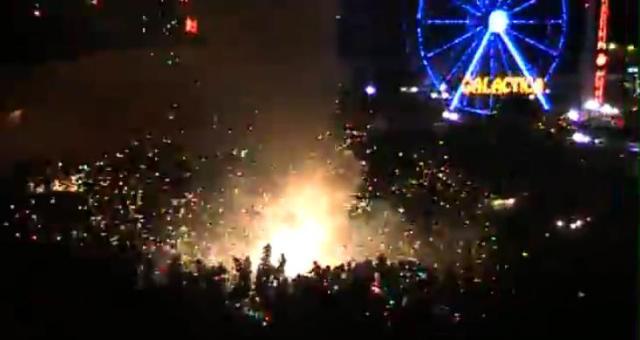 まるで爆発事故!! でも観客は大盛りあがりするメキシコの花火大会