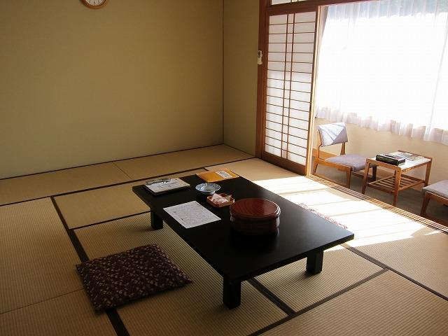 伊勢神宮を訪れるなら宿泊は『神宮会館』がぜーったいおススメ! 近くて安くて広くて清潔!! 予約すれば早朝参拝ガイドも♪