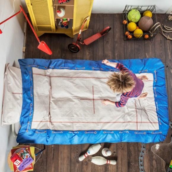 憧れのベッドでジャンプ! トランポリン気分を味わえるベッドカバーを発見しちゃったよ♪