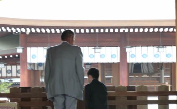 息子に「バットマン」と名付けた結果(苗字はスーパーマン)/ トンデモネームは日本だけの問題じゃなかった