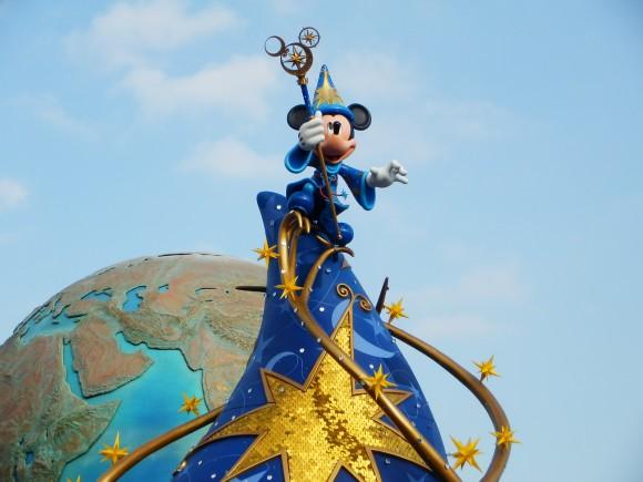 驚愕!! 誰もが知るミッキーマウスのあの声…ウォルト・ディズニー・カンパニー公認の日本語版声優は大学教授が副業でやっていた!!