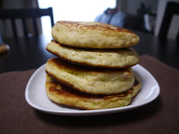 1月25日はホットケーキの日! じゃがコーン、甘味噌ねぎなどアレンジ8レシピを紹介します♪