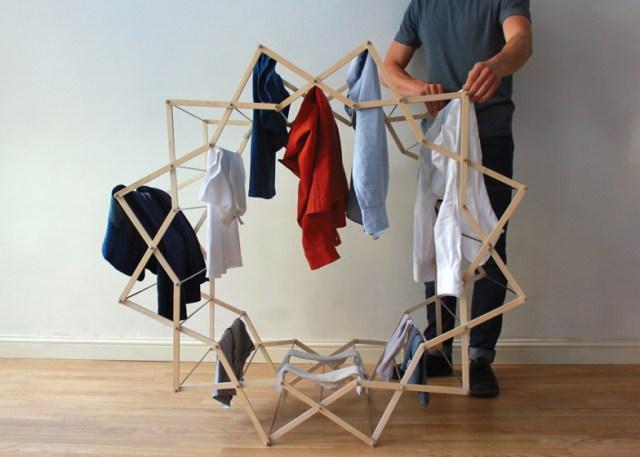 これさえあれば洗濯物がインテリアになる!? 星型アーチがたまらなく可愛らしい室内物干し『Clothes Horse』