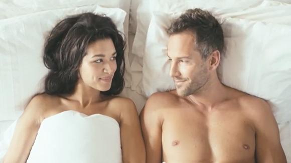 好きな人と一緒に暮らせる「幸せ」を思い出させてくれるCMが海外で話題 / 「好きだという気持ちを伝えるのはバレンタインだけじゃない」