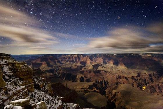 神秘的な風景に心癒やされる! 澄んだ空に輝く美しすぎる天の川の画像集