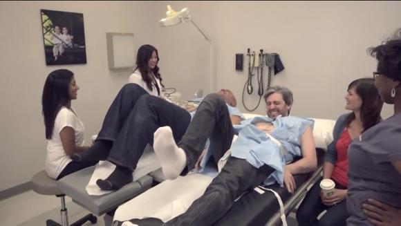 【動画】男性が陣痛を体験したらどうなるのか実験してみた!