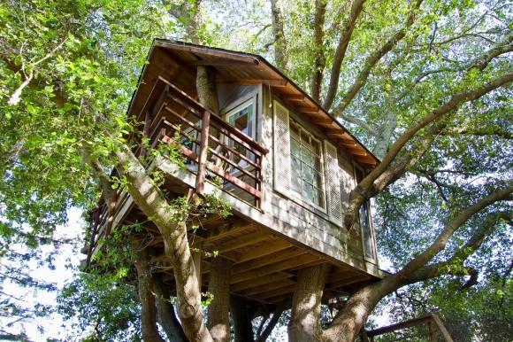 お城やツリーハウス、ボートハウスに宿泊できちゃう! 世界中の空き部屋を貸し借りできるウェブサービス『Airbnb(エアビーアンドビー)』