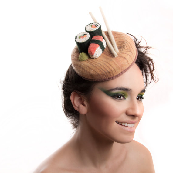 ついに「寿司」がヘッドドレスに起用される! お寿司や目玉焼きなど…世にも美味しそうな頭になるよ