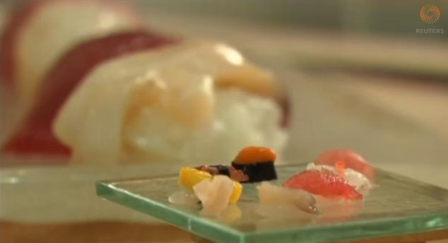 なんとシャリは米粒ひとつ! 日本の寿司職人が作った超ミニ寿司がスゴイと話題に