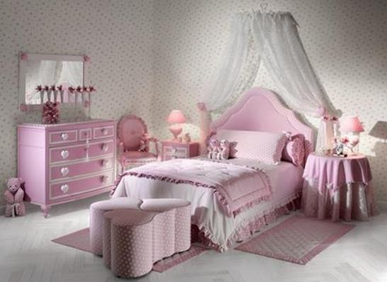 乙女心がキュ~ンとときめいちゃう!! お姫さま気分にひたれそうなピンクのベッドルーム色々