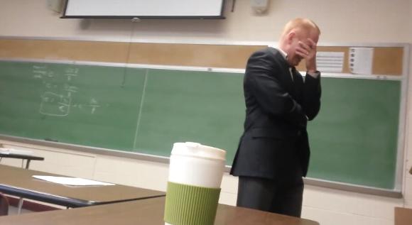 来年の参考に! 学生が先生にしかけたドッキリ系エイプリール・フールが秀逸すぎて全米で話題に