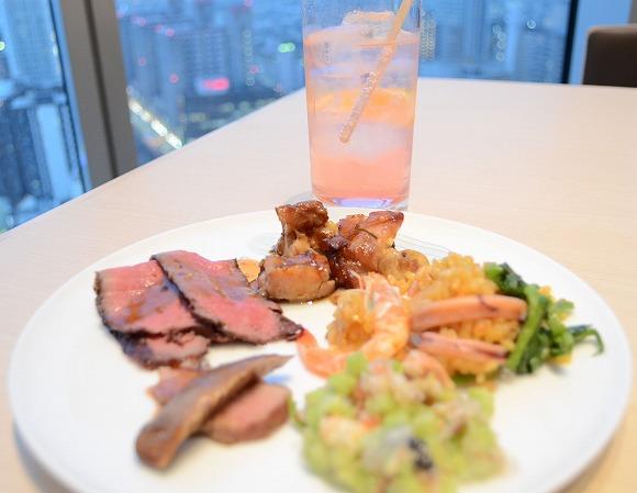 予約が取れないとウワサの「大阪マリオット都ホテル」のブッフェレストランに行ってみた / クオリティー高すぎぃぃ! な料理に口福を感じたよ♪