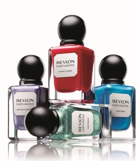 【コスメ】レブロンからボトルもかわいい「香水みたいなネイルエナメル」が新登場 / 乾くと指先からほんのりいい香りが漂うんだって!