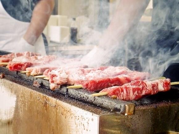【限定6日まで!】食べログ上位店も一堂に出店☆ 駒沢オリンピック公園で開催中の「肉フェス」初日の様子をレポート! サーロインステーキ串から牛タンネギ塩まで計24ブース