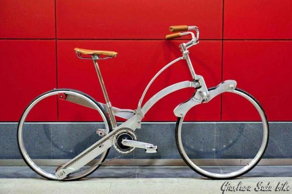 26インチ自転車が傘とおんなじ大きさに!? ニュータイプの折り畳み自転車「SADA BIKE」が超絶クール!!