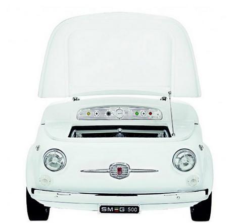 ルパン3世が乗っている車「フィアット500」が冷蔵庫にリメイクされてるーーー! ちなみに日本のサイトからも購入できます