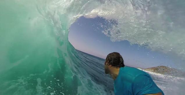 波の合間をくぐりぬけてゆく快感! 「GoPro」で撮影された作品がどれもこれも美しすぎる!!