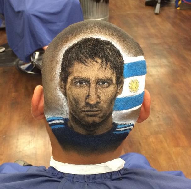 【頭に肖像画】ワールドカップ開催を機に世界が注目! メッシ、ネイマールら人気サッカー選手を頭に直接描きあげるヘア・アーティストの超絶技を見よ!!